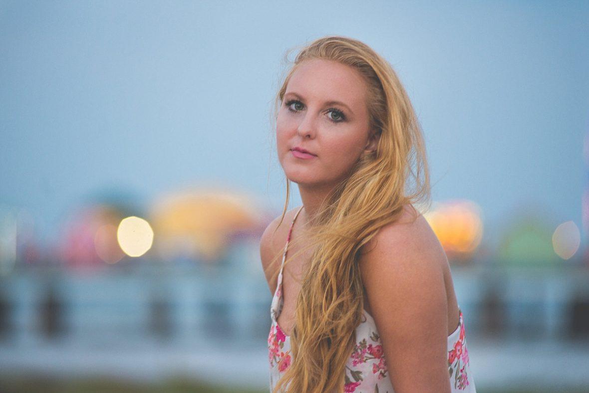 beach senior portrait